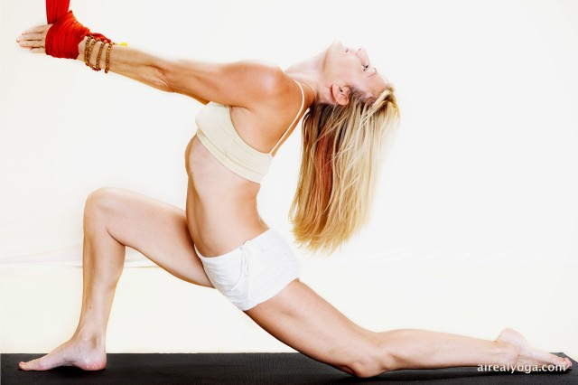 aireal-yoga-v-fit10