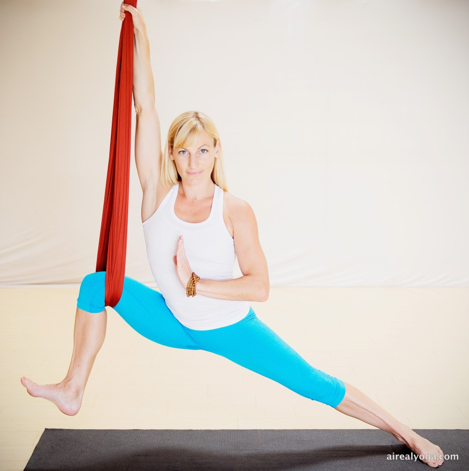 aireal-yoga-v-fit37